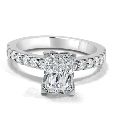 Rectangular Radiant Cut Diamond Engagement Ring in 18ct White Gold - Platinum / Palladium